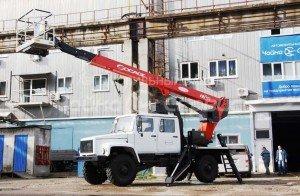 """Автогидроподъемник Socage T322 на базе ГАЗ-3308 «Садко» (фото АЗ """"Чайка-Сервис"""")"""